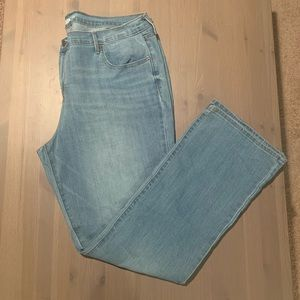 Old Navy Curvy Fit Bootcut Jean